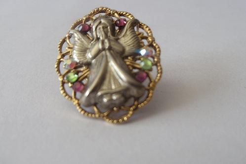 Vintage Pin Angel Praying