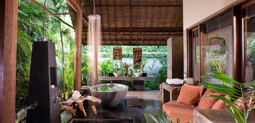 13-Villa Maya Retreat - Guest bathroom.j