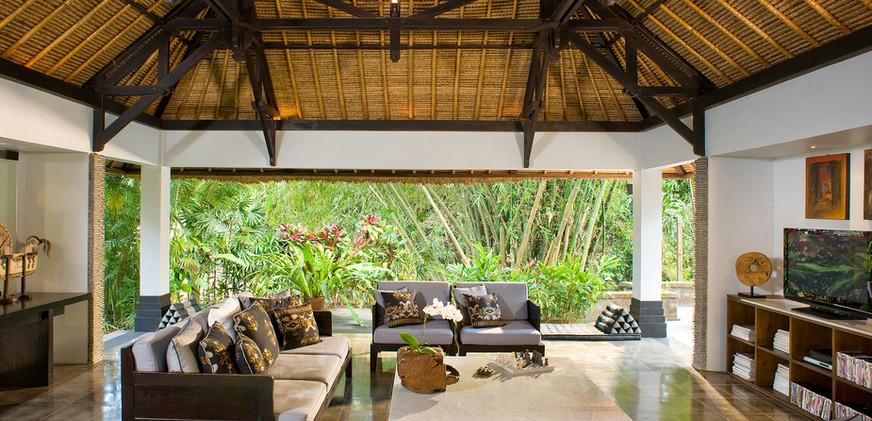08-Villa Maya Retreat - Living pavillion