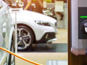Carro elétrico não custará mais barato, apesar da redução do ICMS