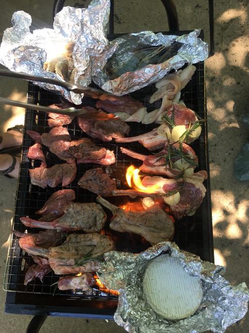 &ROLL BBQ