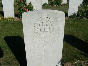Smith, Harry Grave.jpg