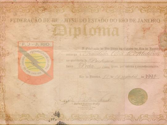 DIPLOMAÇÃO OFICIAL 17.12.1999 FJJRIO - RIO DE JANEIRO - RJ