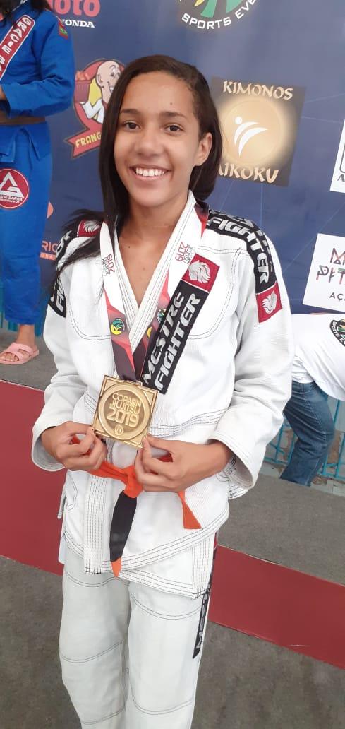 Ana Clara Oliveira  Categoria pluma juve