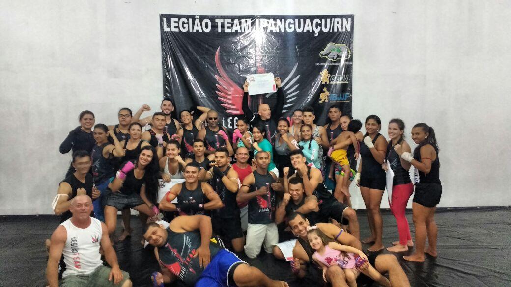 EXAME DE GRADUAÇÃO DE MUAY THAI - LEGIÃO TEAM IPANGUAÇU