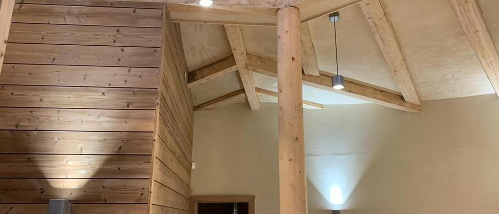 ceiling beams and pillar