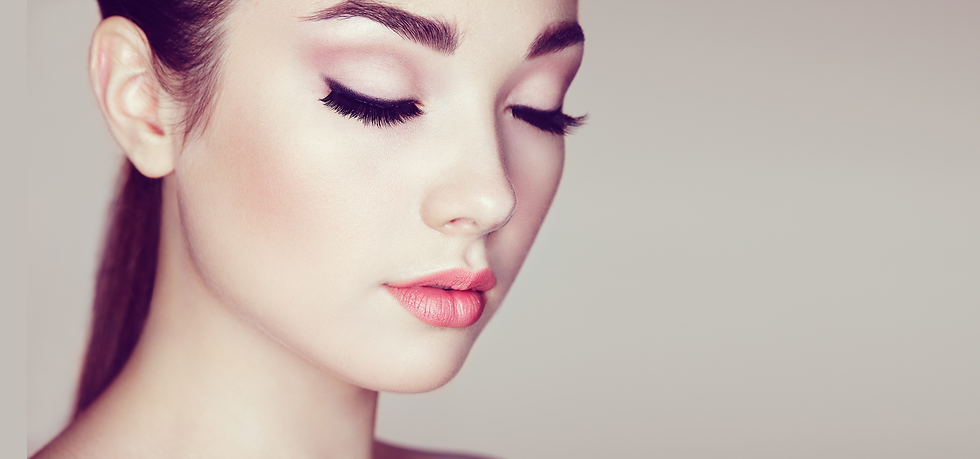 beautiful-woman-face-PWYVNGR.png