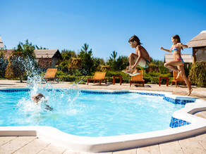 What Are The Different Kinds Of Swimming Pools?