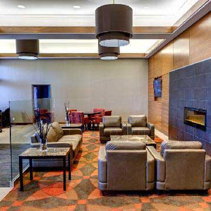 Radisson Hotel & Suites Fort McMurray
