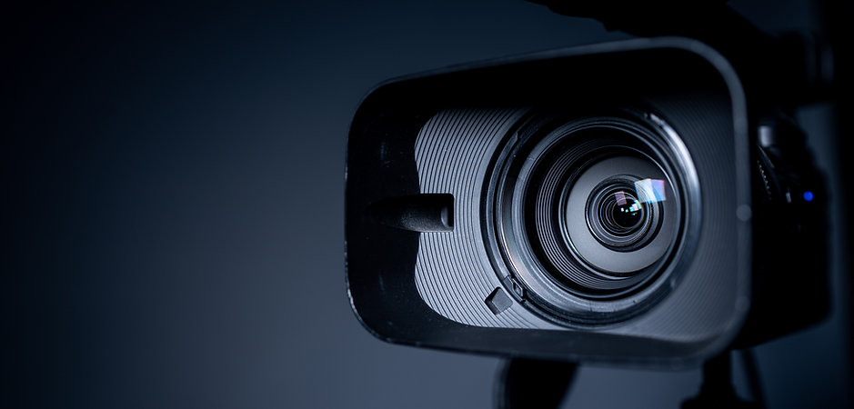 camera-lens-zoom-close-up-photo.jpg