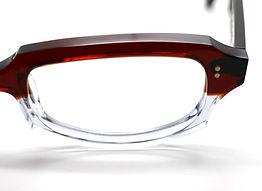 眼鏡ノ奥山のセルロイドメガネと量産品のアセテートメガネフレームの対比画像