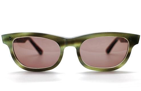 眼鏡ノ奥山のセルロイドサングラス004-EAの正面画像メガネとしても使用可能