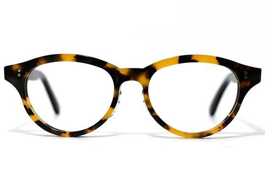 眼鏡ノ奥山がメガネ制作でセルロイドにこだわる理由その1