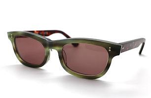 眼鏡ノ奥山のセルロイドサングラス004-EAの斜め画像メガネとしても使用可能