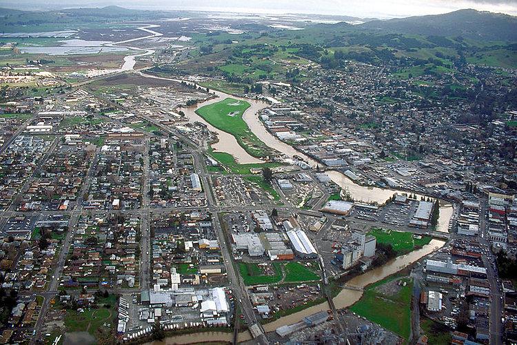 800px-Petaluma_California_aerial_view.jp