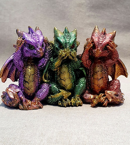 Three wise dragons
