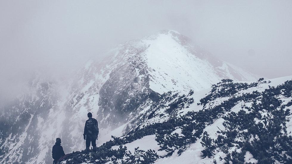 mountain-690122_1920.jpg