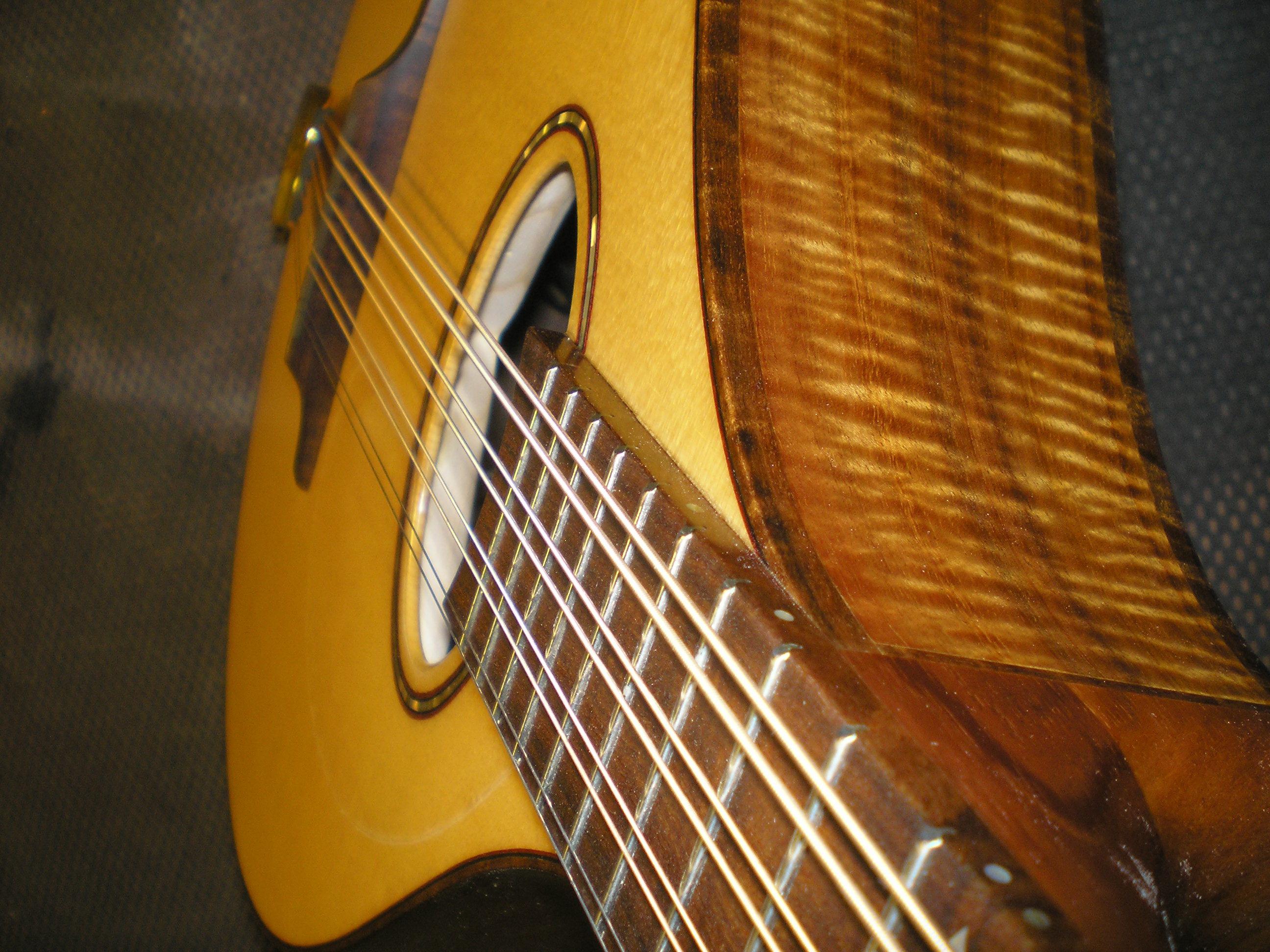 mandola 546