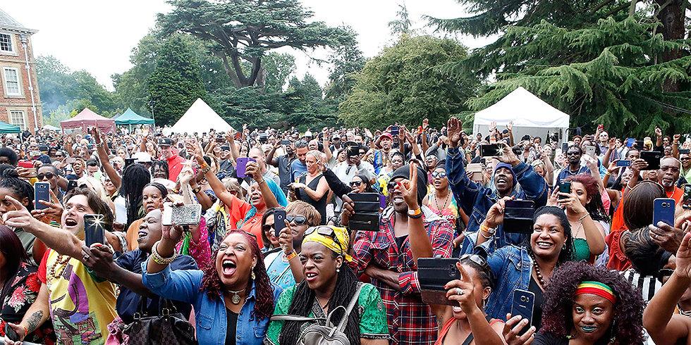 Reggae on the Lawn Crowd 1000 x 500.jpg
