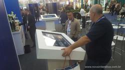 catalogo digital medipak mesa interativa tela touch screen portfolio digital mesa touch screen mesa