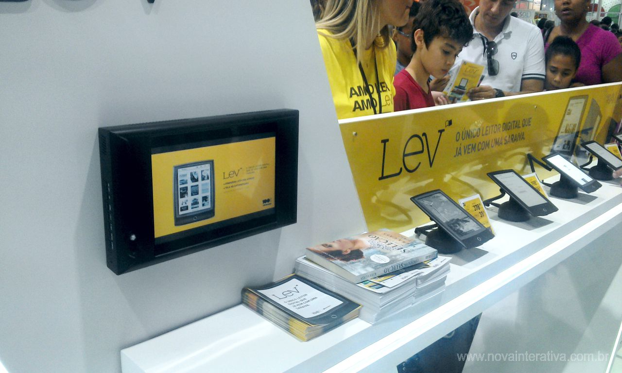 Display Touch Screen com Sensor para PDV Saraiva