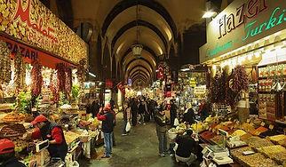 medium_istanbul_spice_market_interior2.j