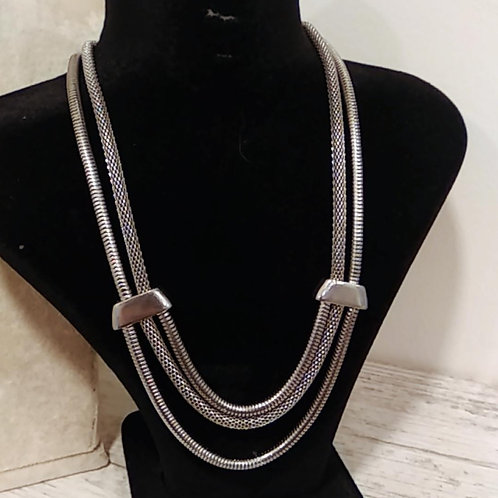 Outlet Necklace 1