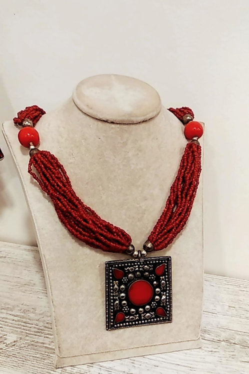 Outlet Necklace 14