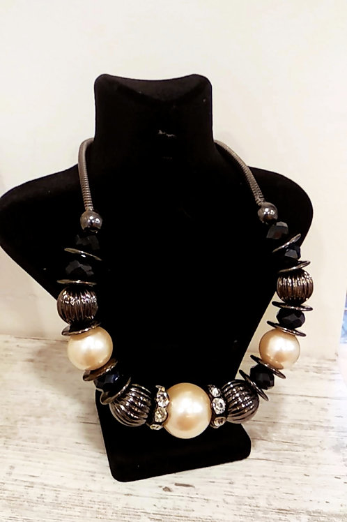 Outlet Necklace 2
