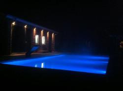 Bouwkundig bad met LED verlichting