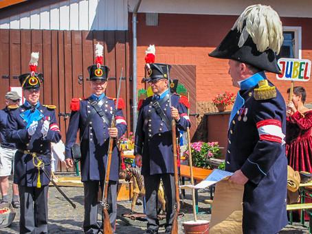 Bürgergarde bei 700 Jahre Burgholz