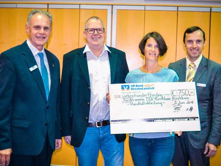VR Bank unterstützt Handball-Förderverein