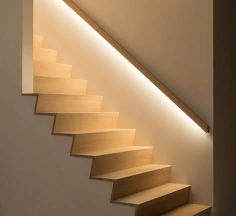 Strip led escalier