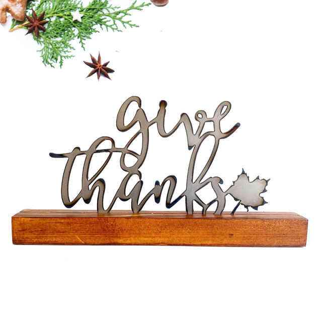 Give thanks shelf decor