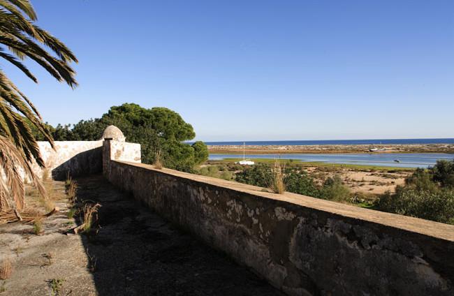 Turismo de Natureza no Forte de São João da Barra   Nature Tourism in the S. João da Barra Fort