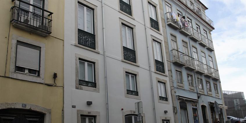 Apartamentos em edifício tradicional