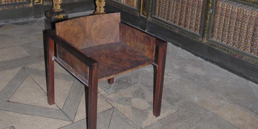 Cadeira para Sala dos Capelos