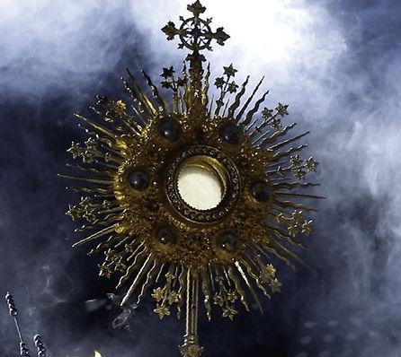 eucharistic-adoration_edited.jpg