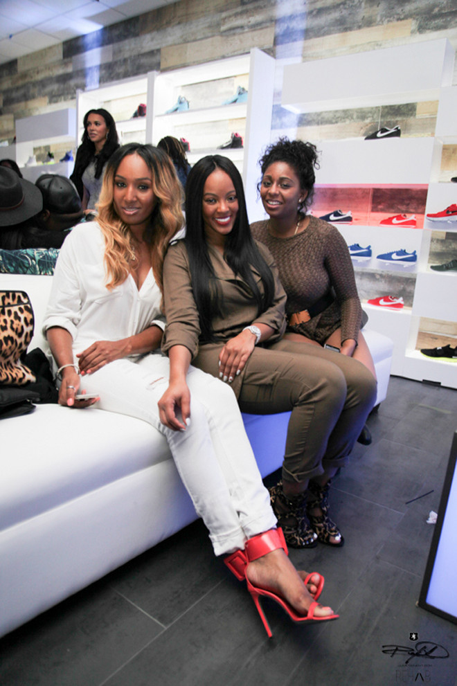 shiekh-shoes-hollywood-grand-opening-malaysia-pargo-friends