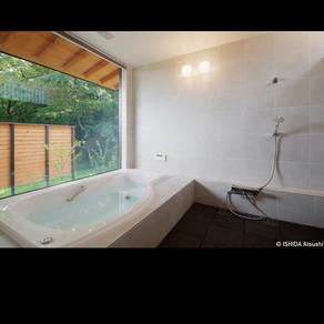 別荘の浴室