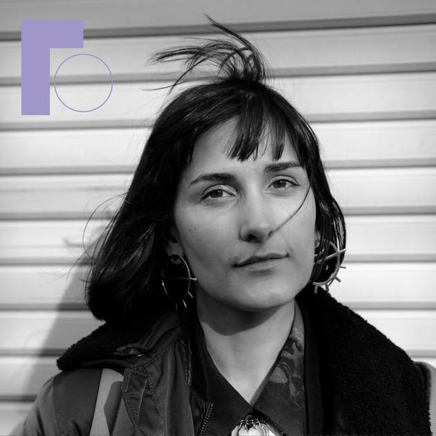Dr Daphne Mohajer va Pesaran