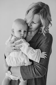 Rochelle - Motherhood Series_28.jpg