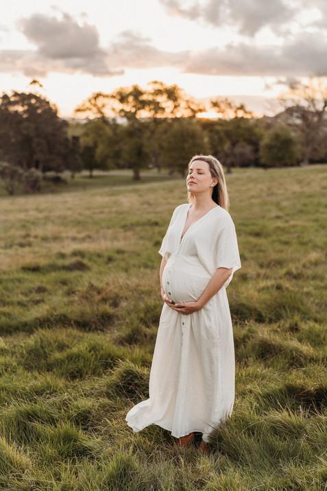 Maternity photographer auckland