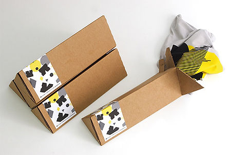 t-shirt-packaging-design-box-01.jpg