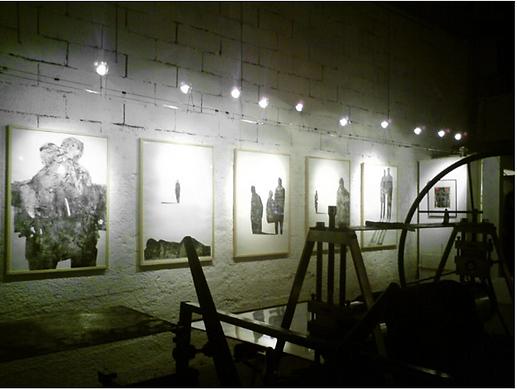 Laurence Briat | exposition gravure l Maison de la gravure l réminiscences l grands formats l méditerranée l présence humaine l silhouettes l
