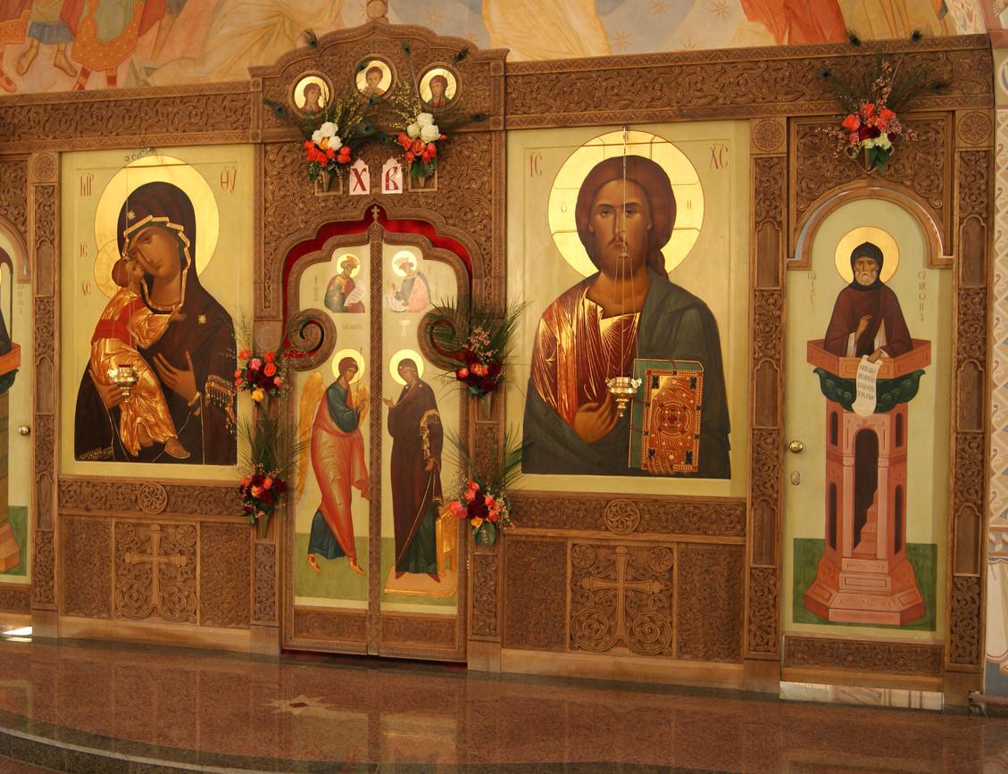 иконостас храма Воскрешения Праведного Лазаря, Минск, Северное Кладбище
