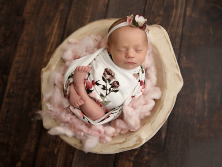 Durham Region Newborn Photographer | Whitby Photography| Regular Session