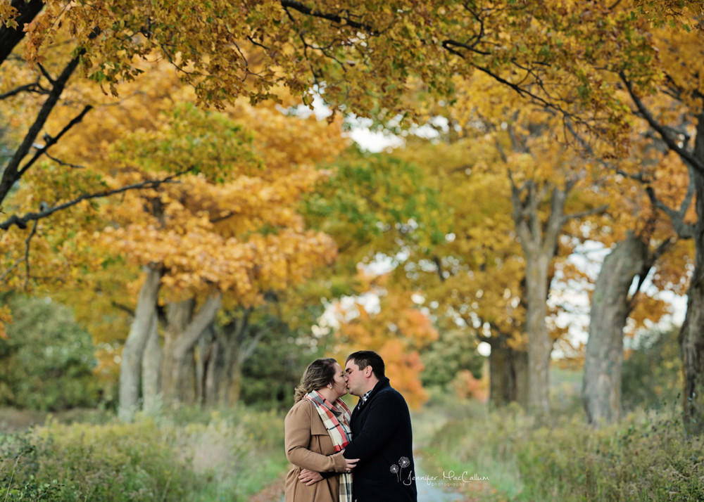 Durahm Region Engagement PhotographyDurham Region Engagement Photography Jennifer MacCallum