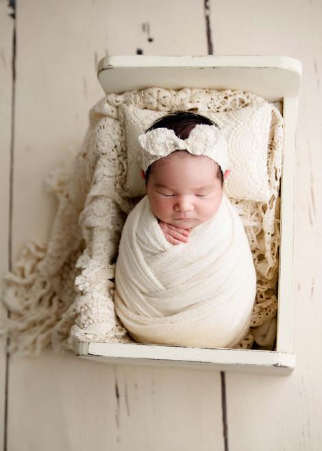 Oshawa Newborn Photographer.jpg