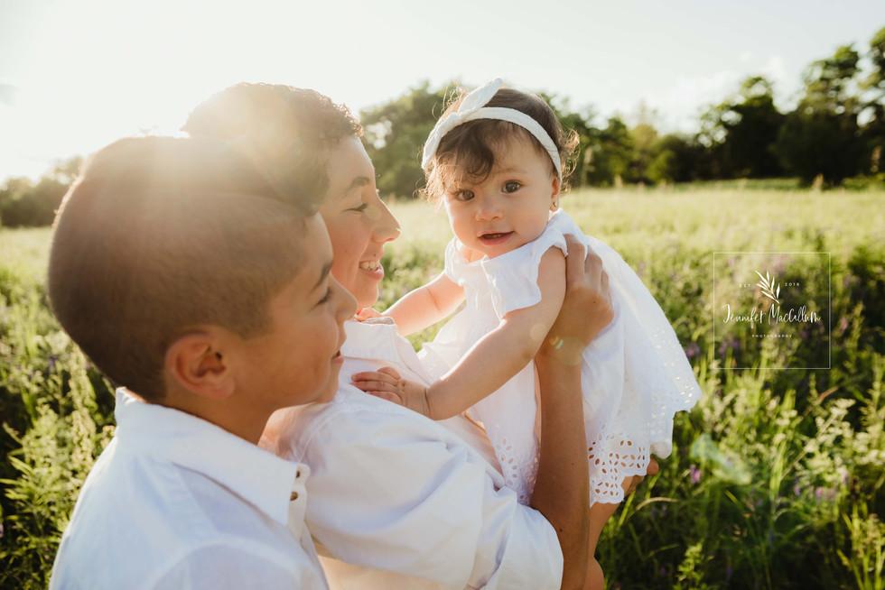Jennifer MacCallum Whitby family photographer